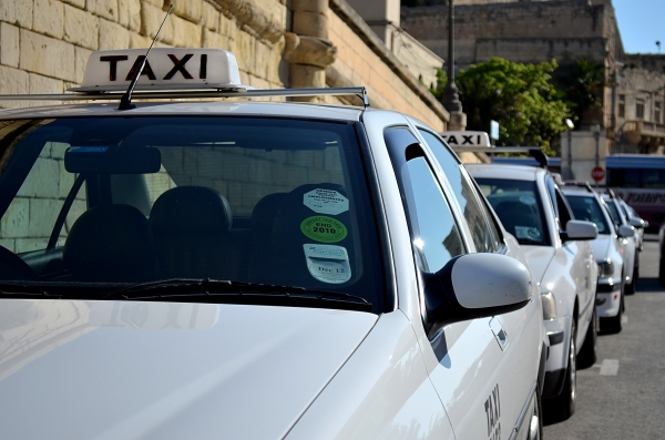 land-other-public-transport-taxis